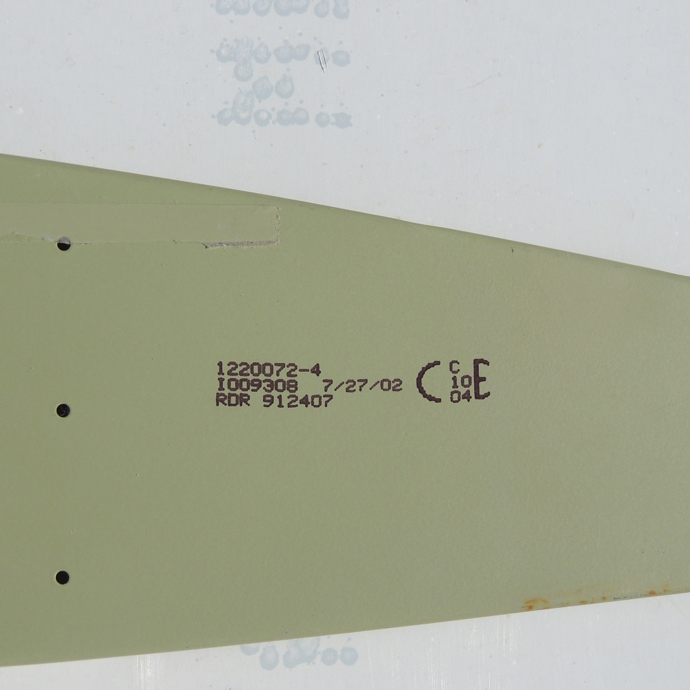 1220072-4 Cessna Wing Part